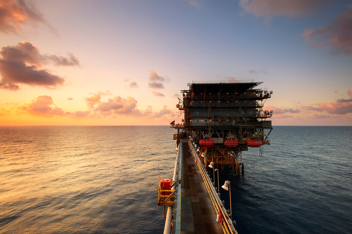 oilandgas-offshore-platformWood Mackenzie forecasts 2017