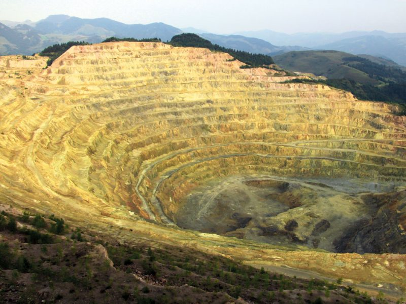 Romanian-mining-revives-From-the-black-hole-of-the-economy-to-profit