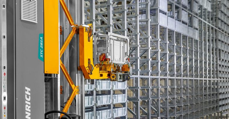 STC-2B1A-the-most-powerful-stacker-crane-for-automated-miniload-warehouses
