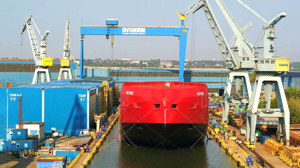 Damen-performs-float-out-of-Australian-icebreaker