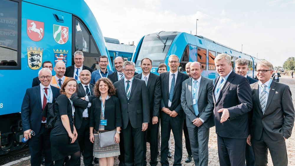Worlds-first-hydrogen-powered-train-ready-for-serial-production