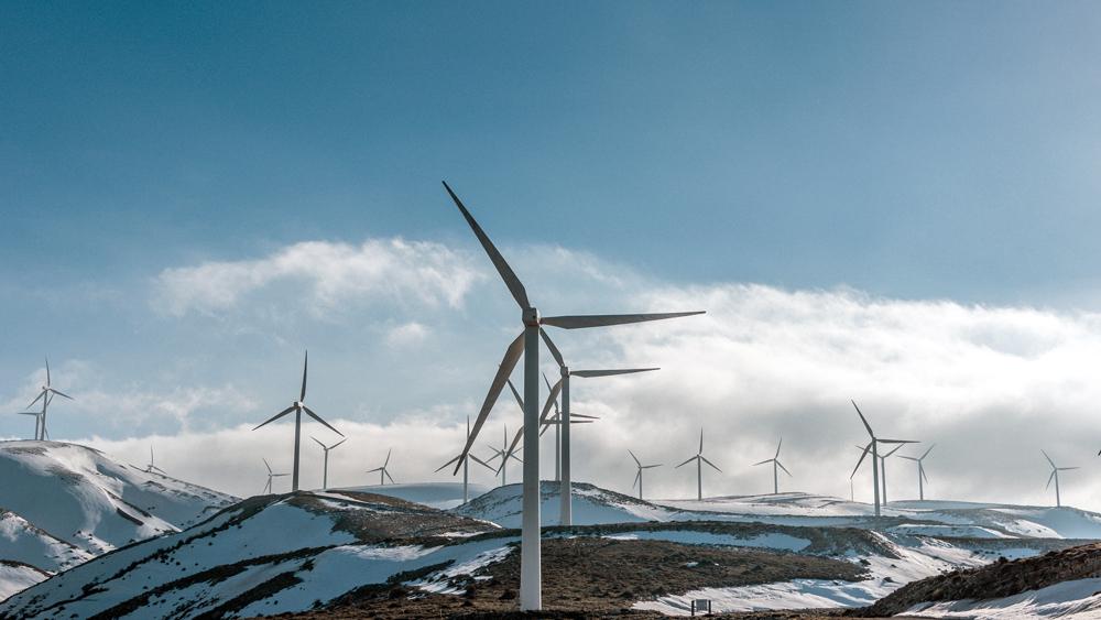 Kolskaya-Wind-Farm-Largest-Renewable-Project-Beyond-the-Arctic-Circle