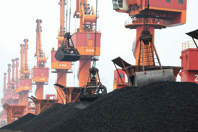 The result of the declining coal demand in both sides of the Atlantic, has been a steady build-up in utility coal stockpiles. Analysts estimate that power companies will most probably run out of space to store any additional coal shipments in the next few months.