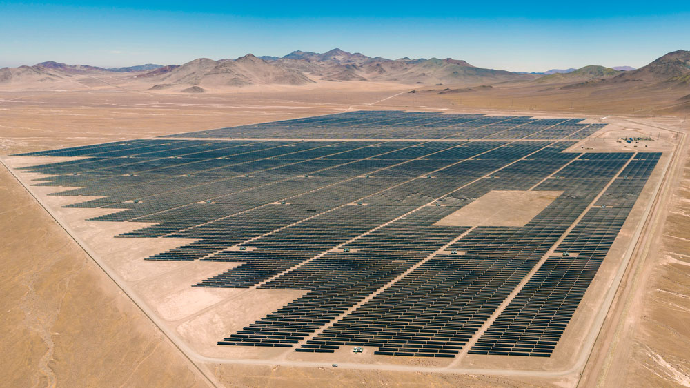 Worlds-First-Solar-Power-Plant-in-Chile-to-Deliver-Grid-Services-Luz-del-Norte