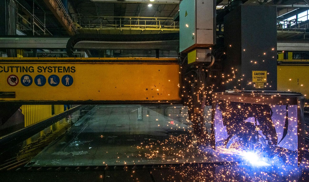 damen-shipyard-galati-first-cut