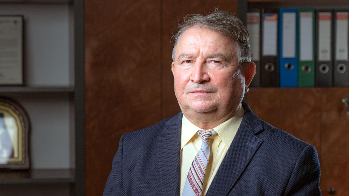 Professor-Dr.-Eng.-Lazar-Avram-Drilling-on-Offshore-Platforms---Quo-Vadis