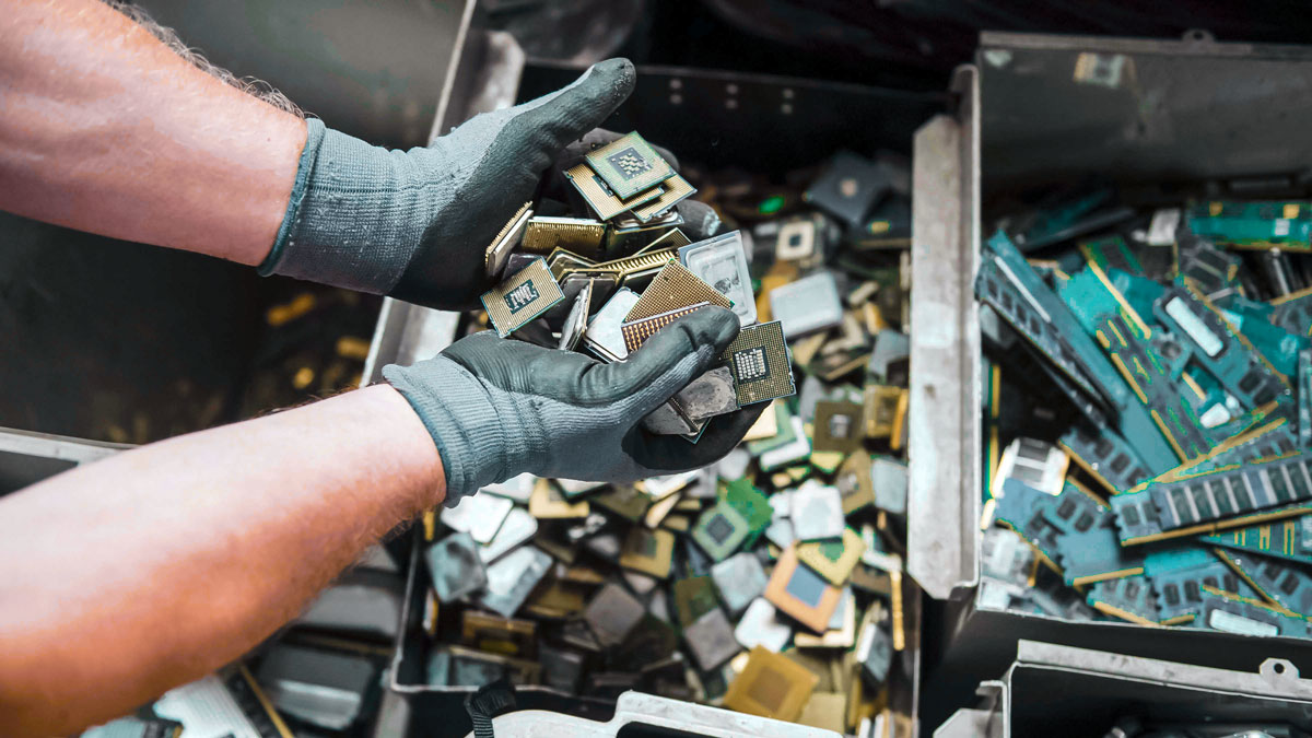 An-Opportunity-in-the-Circular-Economy-E-Waste