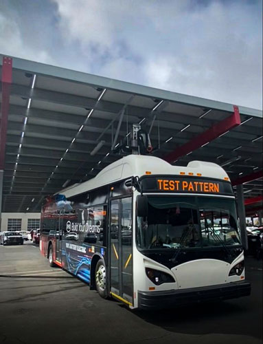 Canopy-Mount-allows-fleets-to-reduce-the-cost-of-EV-charging-while-leveraging-renewable-electricity