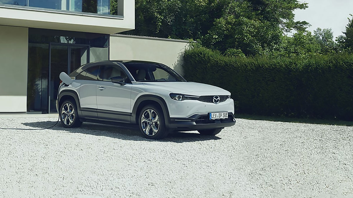 Engie-and-Mazda-Promote-Electric-Mobility-in-Romania