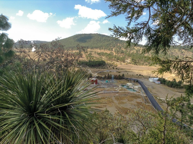Looking at part of the geothermal plants in Los Humeros GeMex-project