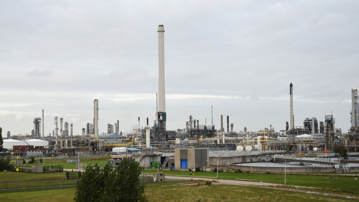 Building-One-of-Europes-Biggest-Biofuels-Facilities